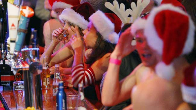 christmas_drinking.jpg#asset:737